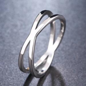 Silver Criss Cross Ring